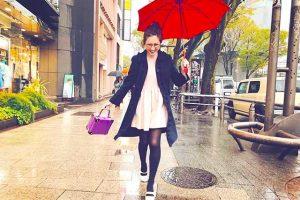 紗栄子 傘